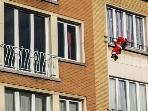 santa is falling